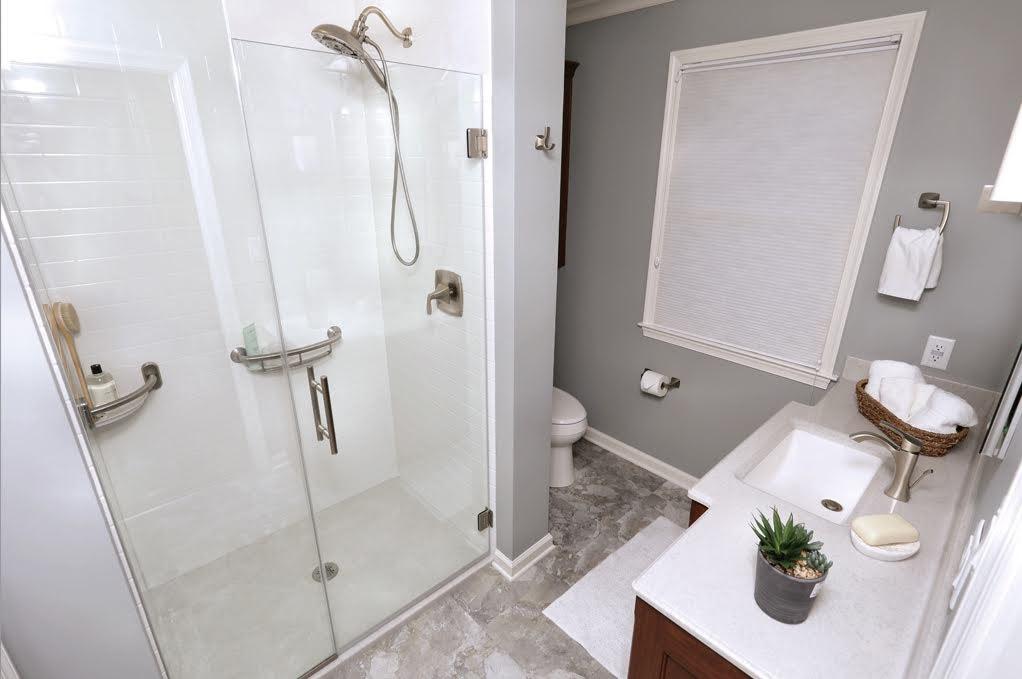 White Onyx Shower